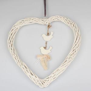 Ratanové srdce biele s visiacimi vtáčikmi